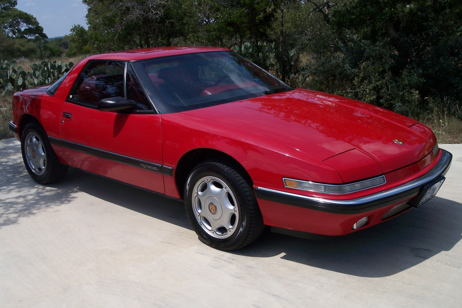 Buick Reatta Dr Std Coupe Pic