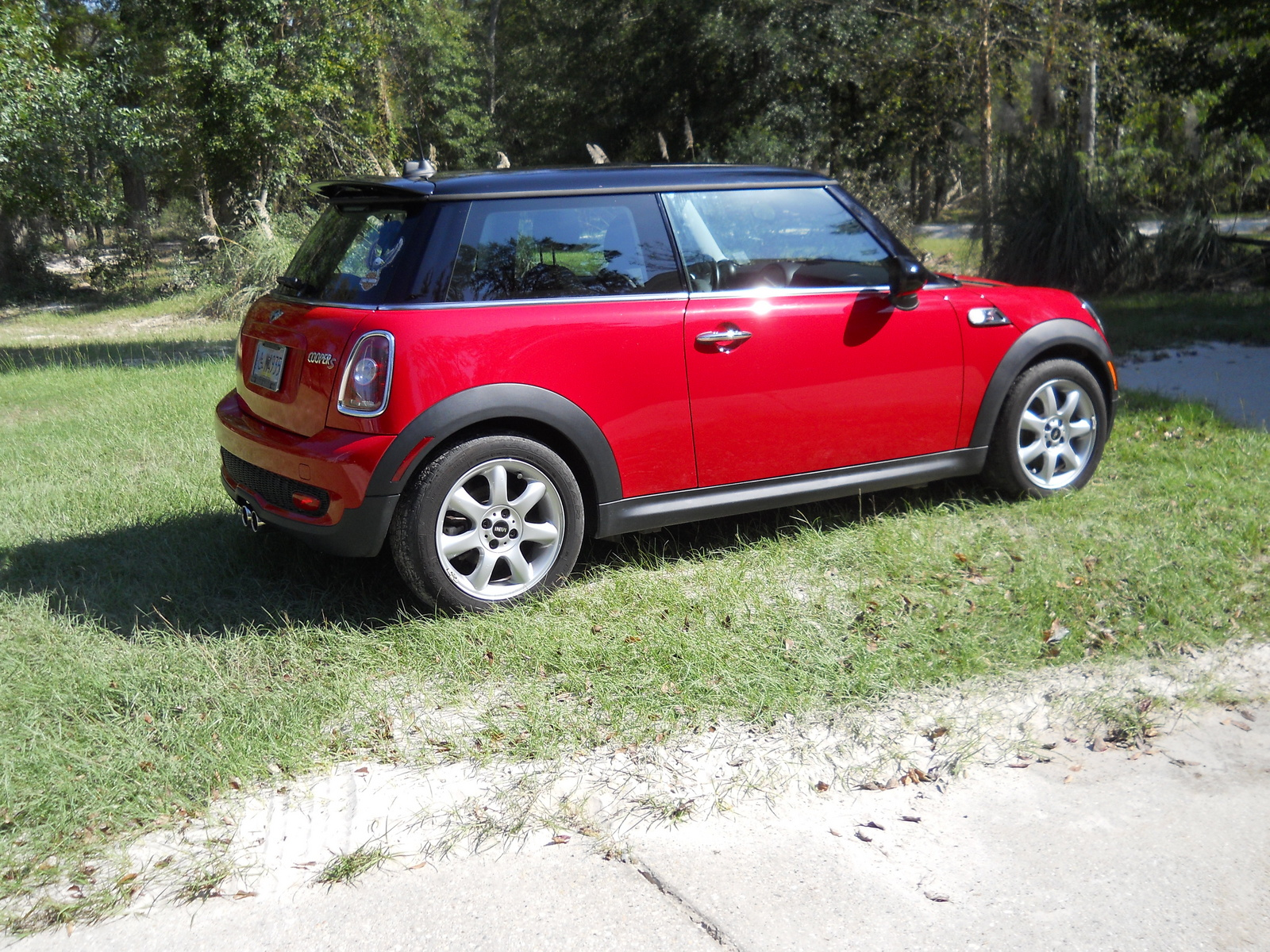 2010 mini cooper s automatic related infomation. Black Bedroom Furniture Sets. Home Design Ideas