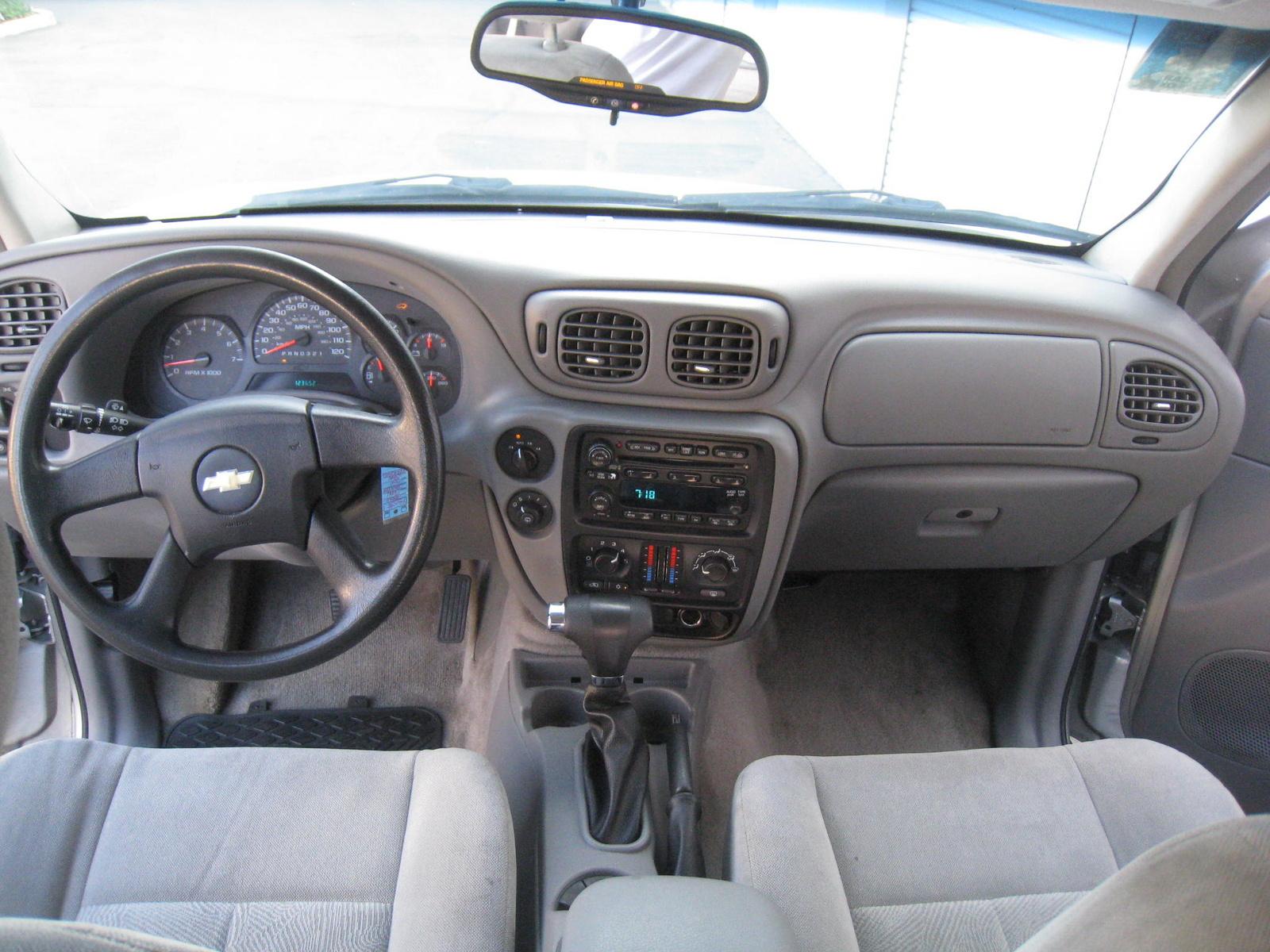 2003 Chevy Trailblazer Lt