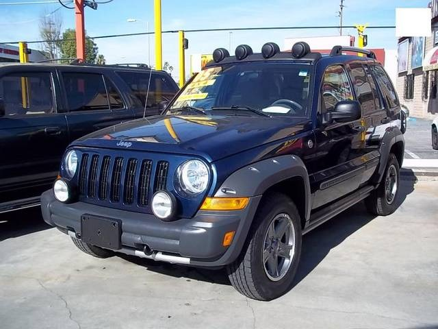 2005 jeep liberty pictures cargurus. Black Bedroom Furniture Sets. Home Design Ideas