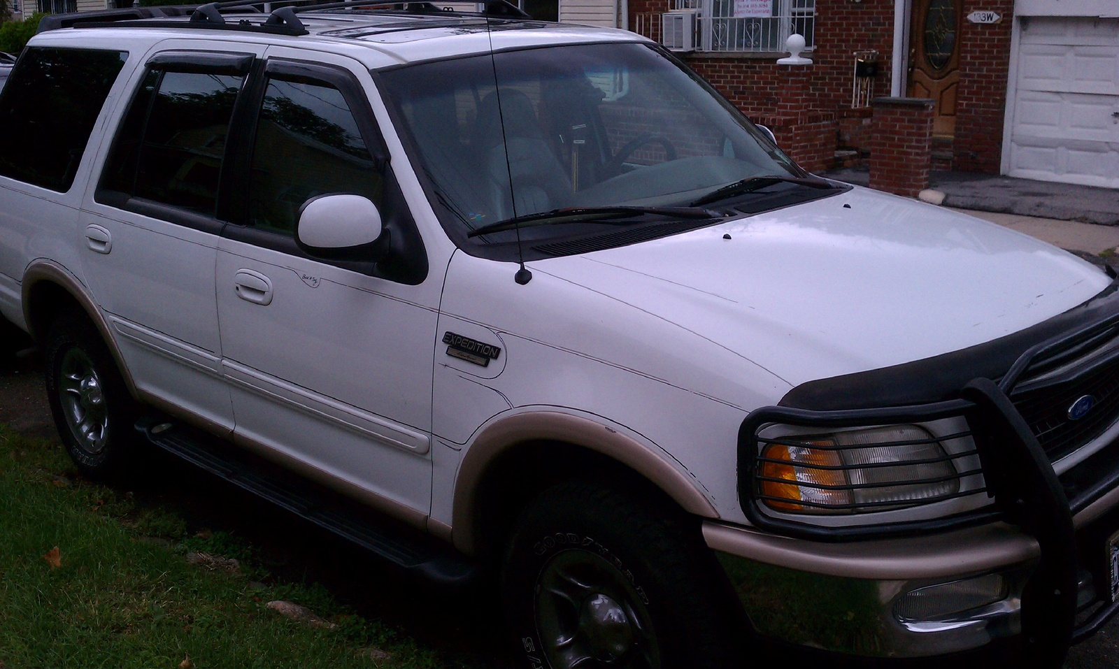 Picture of 1997 Ford Expedition 4 Dr Eddie Bauer 4WD SUV