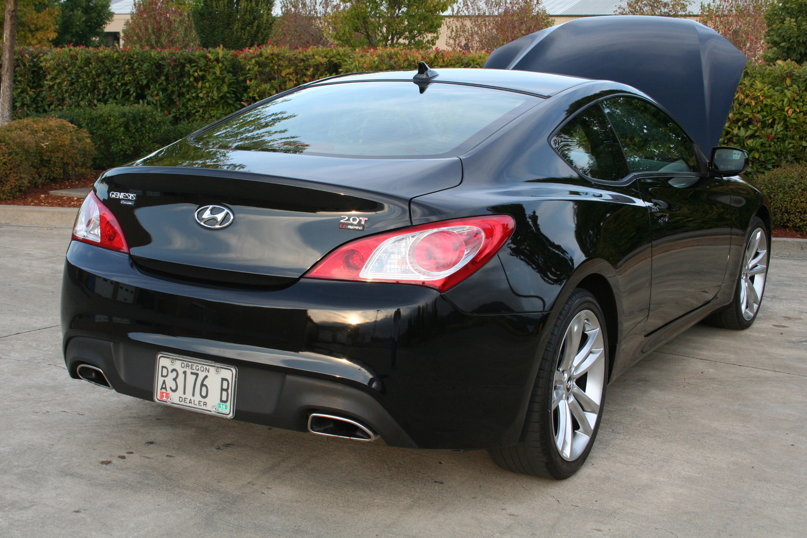 2010 hyundai genesis coupe exterior pictures cargurus. Black Bedroom Furniture Sets. Home Design Ideas