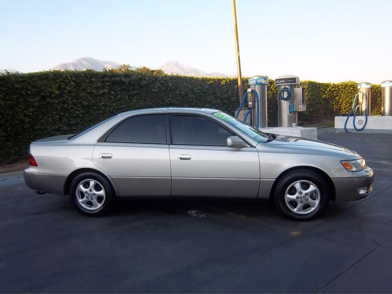 1999 Lexus Sedan Upcomingcarshq Com