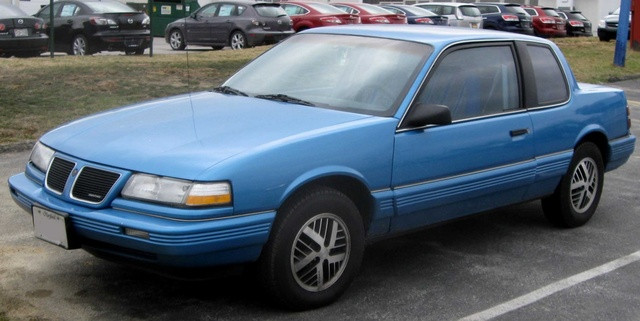 Picture of 1991 Pontiac Grand Am 2 Dr LE Coupe