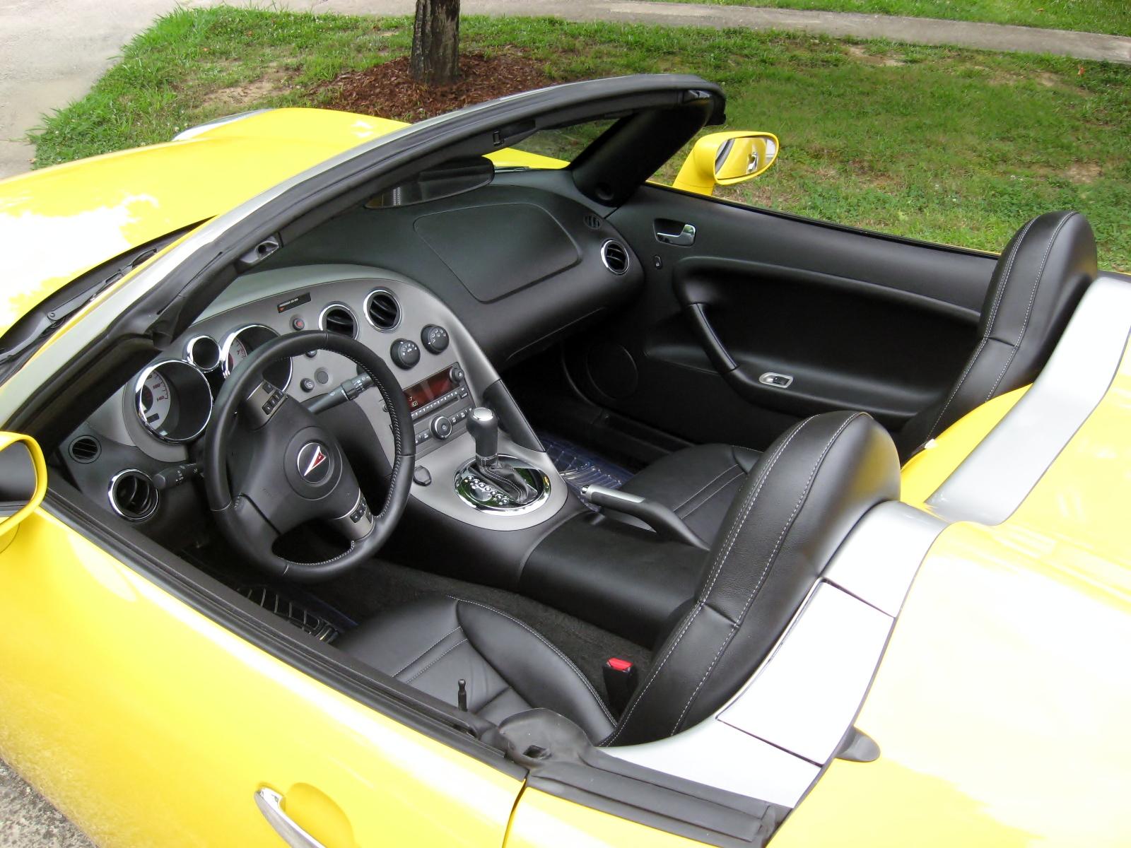 2007 Pontiac Solstice Interior Pictures Cargurus
