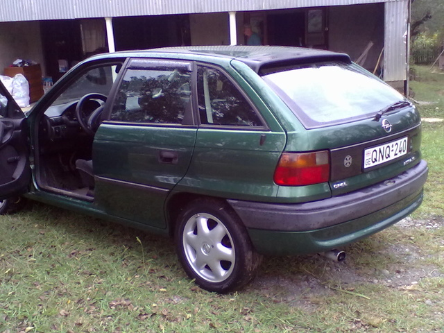 Picture of 1998 Opel Astra