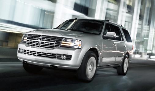 2013 Lincoln Navigator, Front quarter view. , exterior, manufacturer