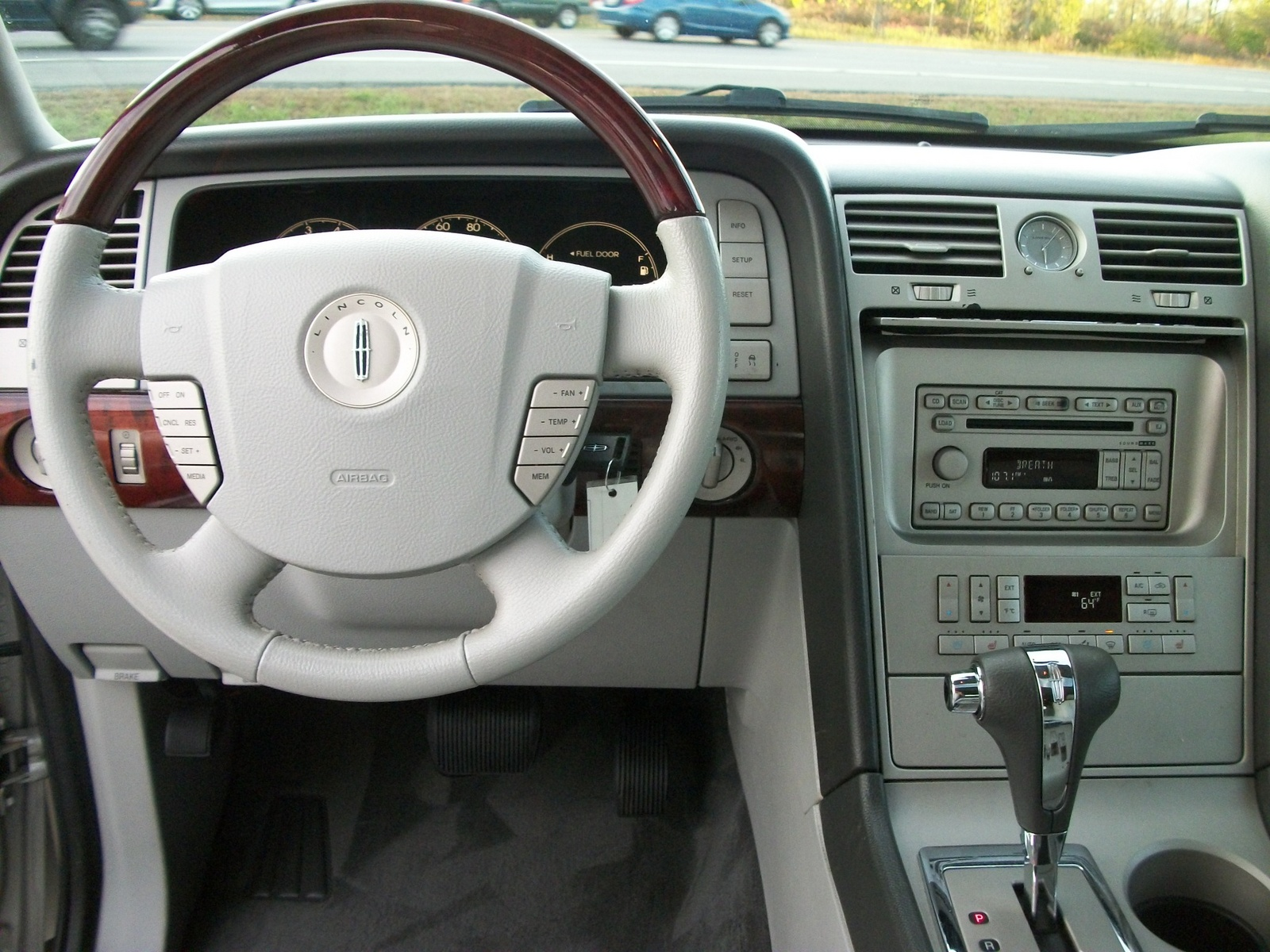 Lincoln Navigator Ultimate Wd Pic on 1999 Lincoln Ls Reviews
