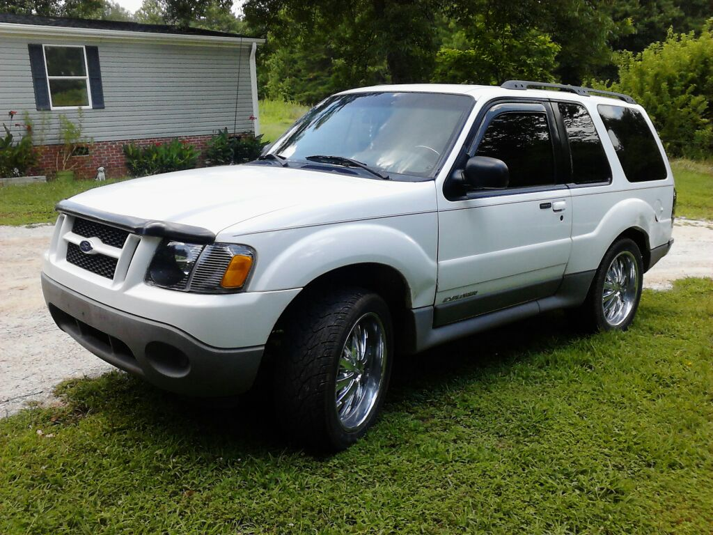 2001 Ford Explorer Sport 2 Dr STD SUV picture