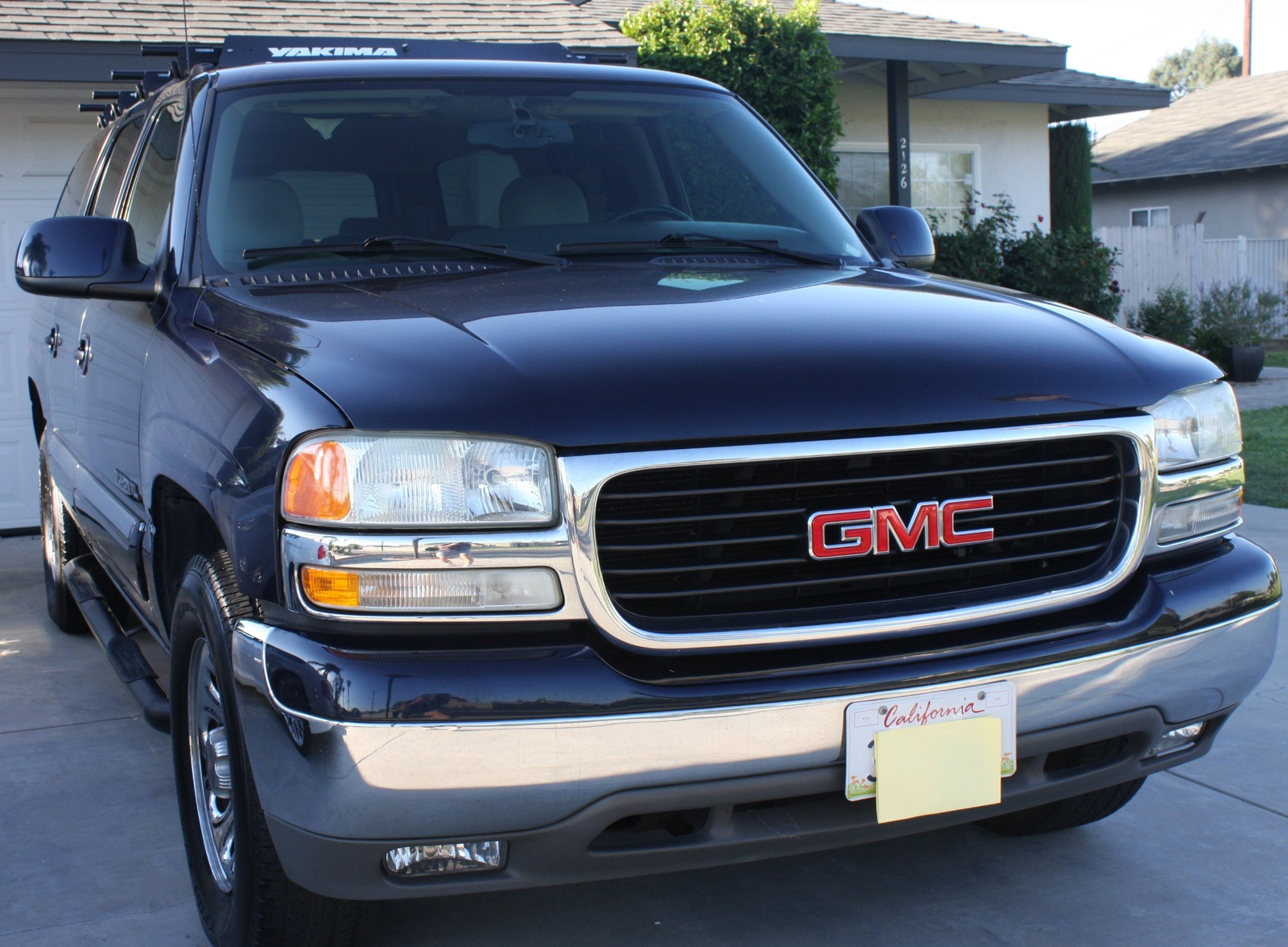 Picture of 2004 GMC Yukon XL 4 Dr 1500 SLE SUV, exterior