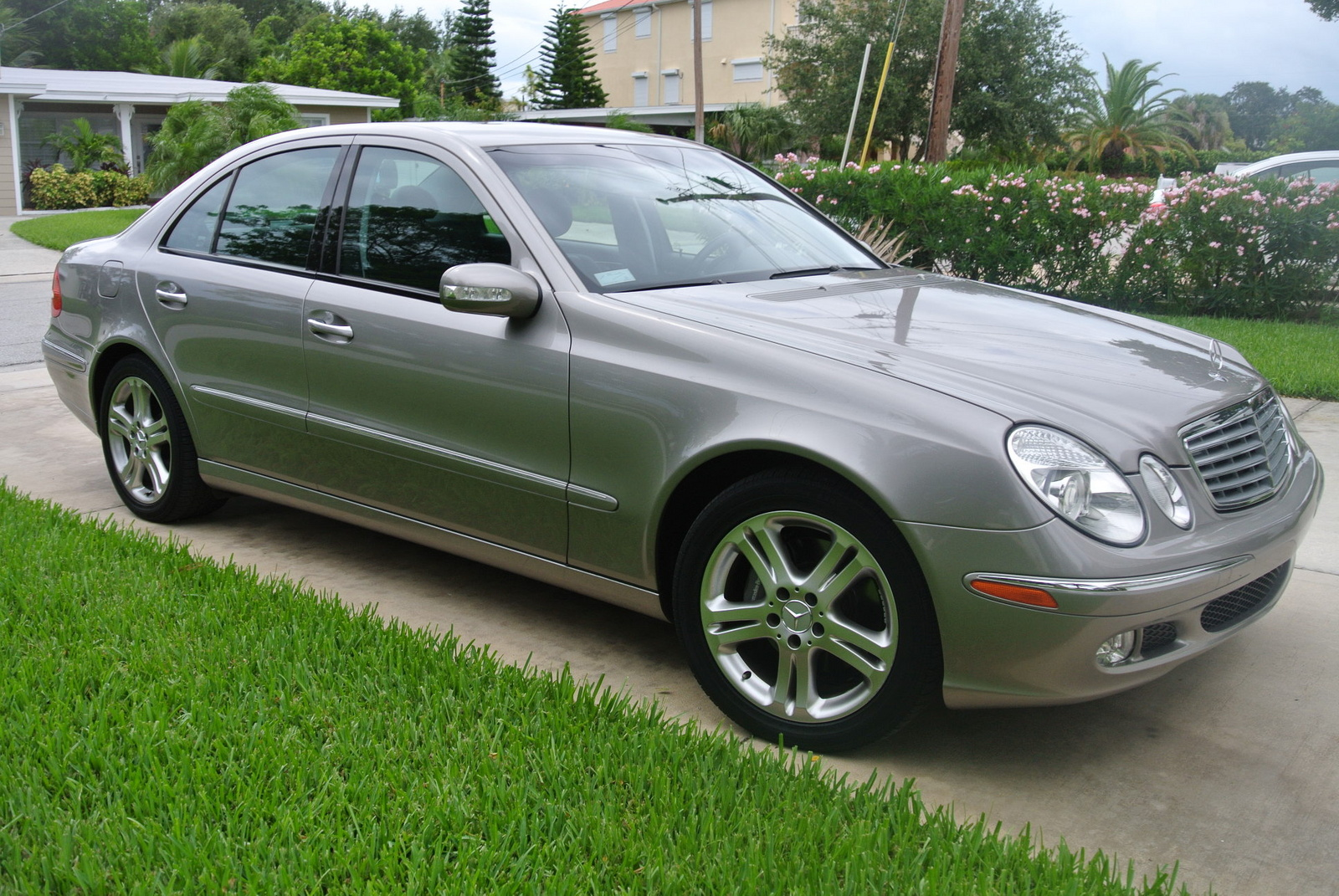2004 Mercedes Benz E Class Pictures C6105 on 2014 mercedes benz e350 wagon