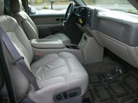 Picture of 2002 Chevrolet Suburban 2500 LT 4WD, interior, gallery_worthy
