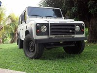 2005 Land Rover Defender Overview