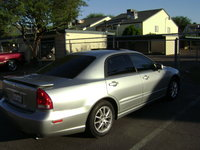 2004 Mitsubishi Diamante Overview