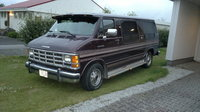 Picture of 1993 Dodge Ram Wagon 3 Dr B250 LE Passenger Van Extended, exterior