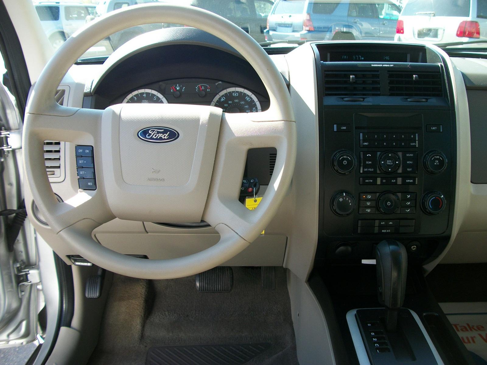 2008 Ford Escape Xlt >> 2010 Ford Escape - Pictures - CarGurus