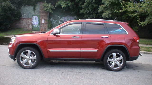 Picture of 2011 Jeep Grand Cherokee Overland 4WD, exterior, gallery_worthy