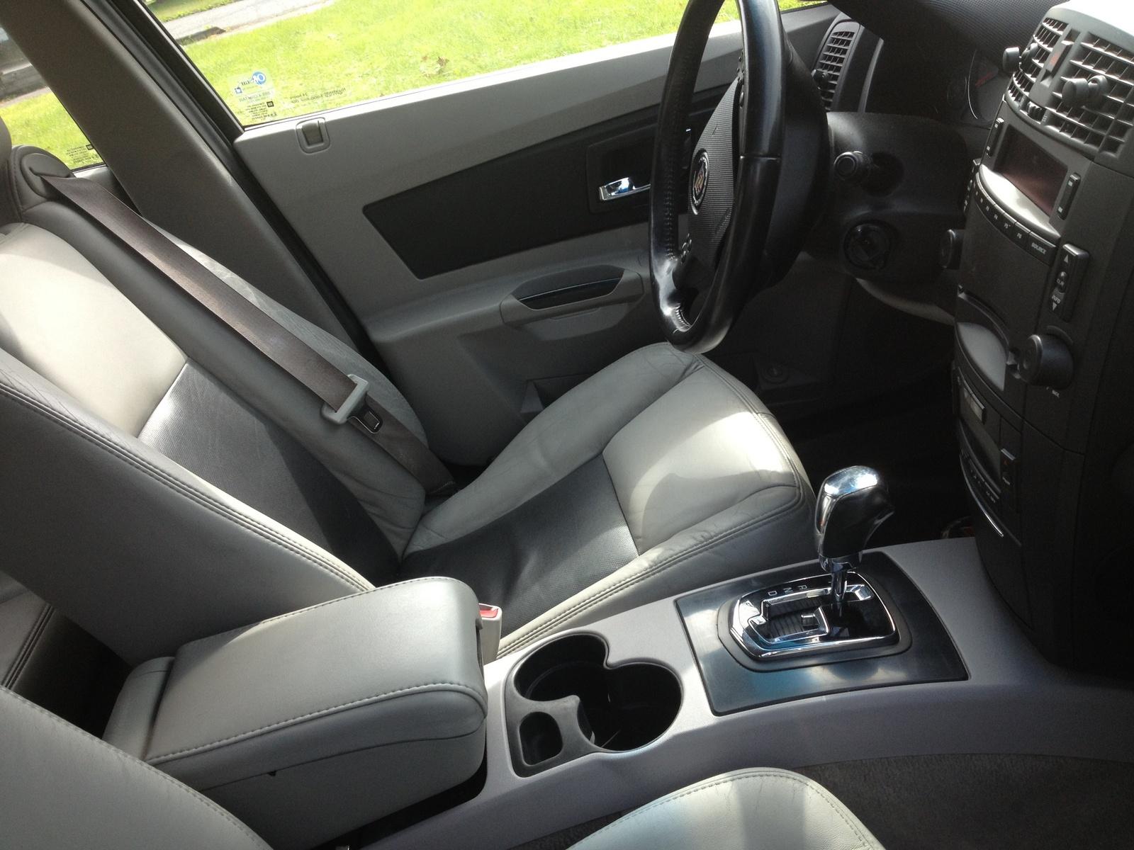 2007 cadillac cts interior pictures cargurus - Cadillac cts interior accessories ...