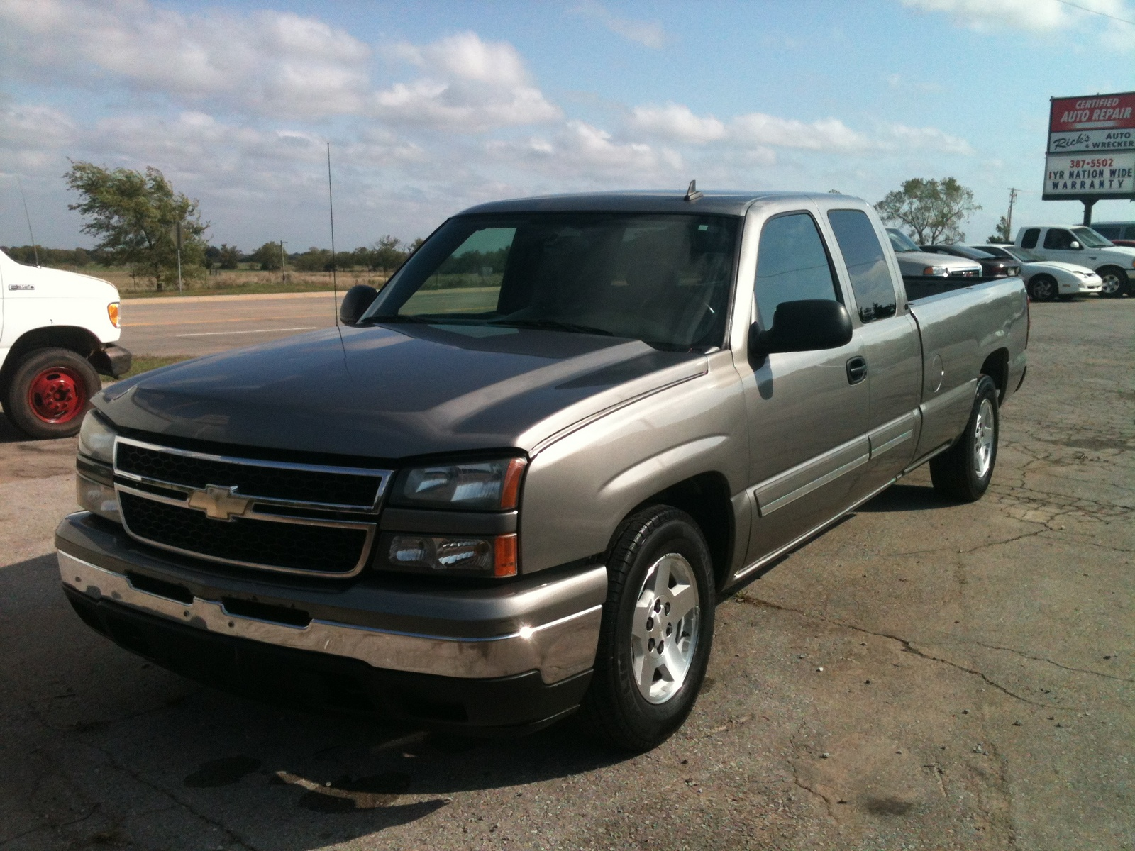 picture of 2006 chevrolet silverado 1500 lt1 ext cab long bed 2wd. Cars Review. Best American Auto & Cars Review