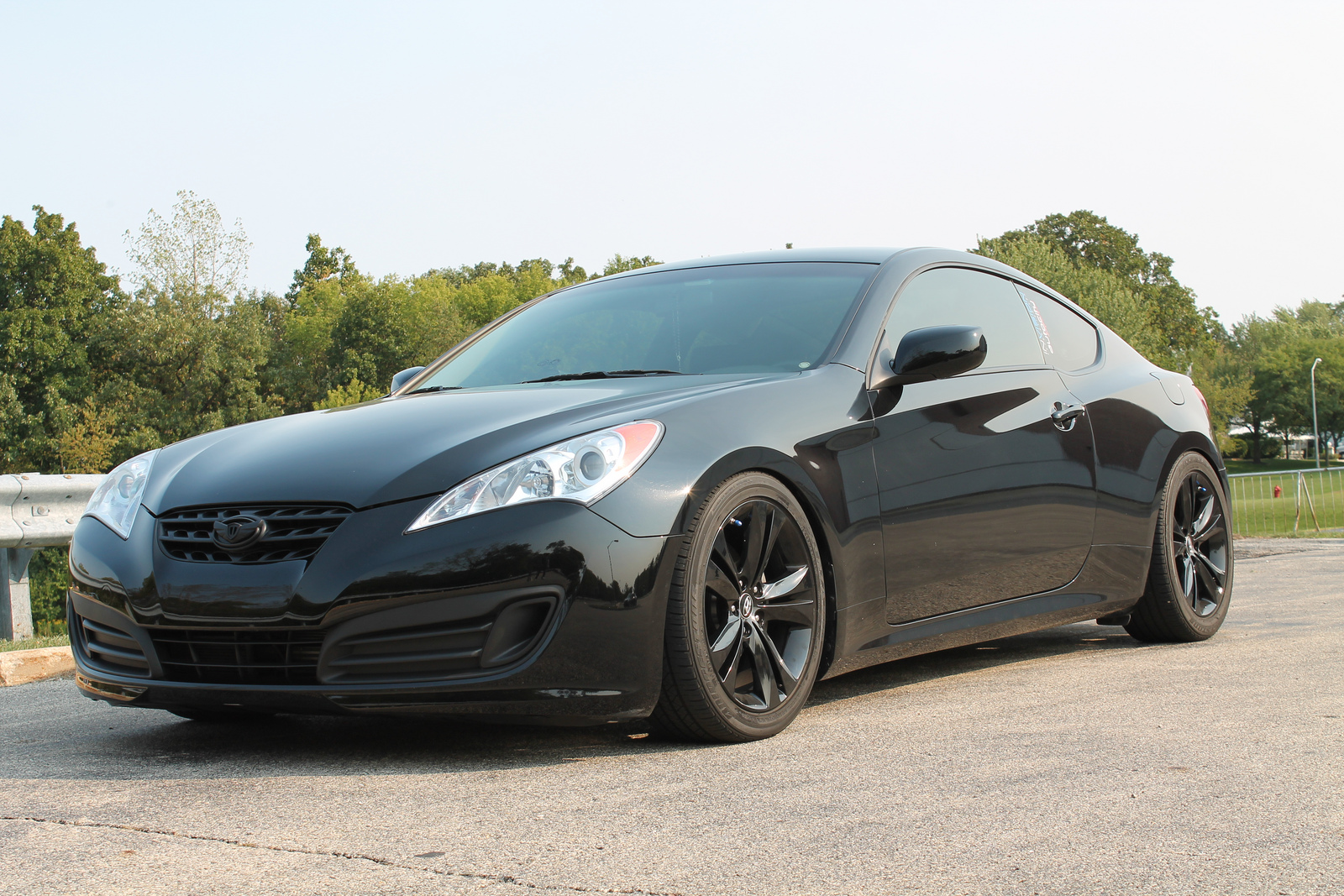 2011 hyundai genesis coupe pictures cargurus. Black Bedroom Furniture Sets. Home Design Ideas