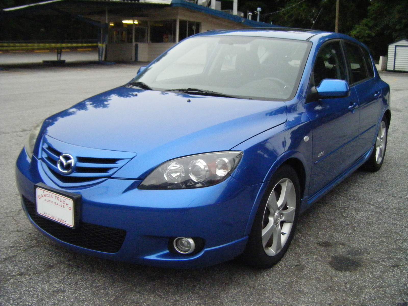 used 2005 mazda 3 hatchback pricing for sale edmunds. Black Bedroom Furniture Sets. Home Design Ideas