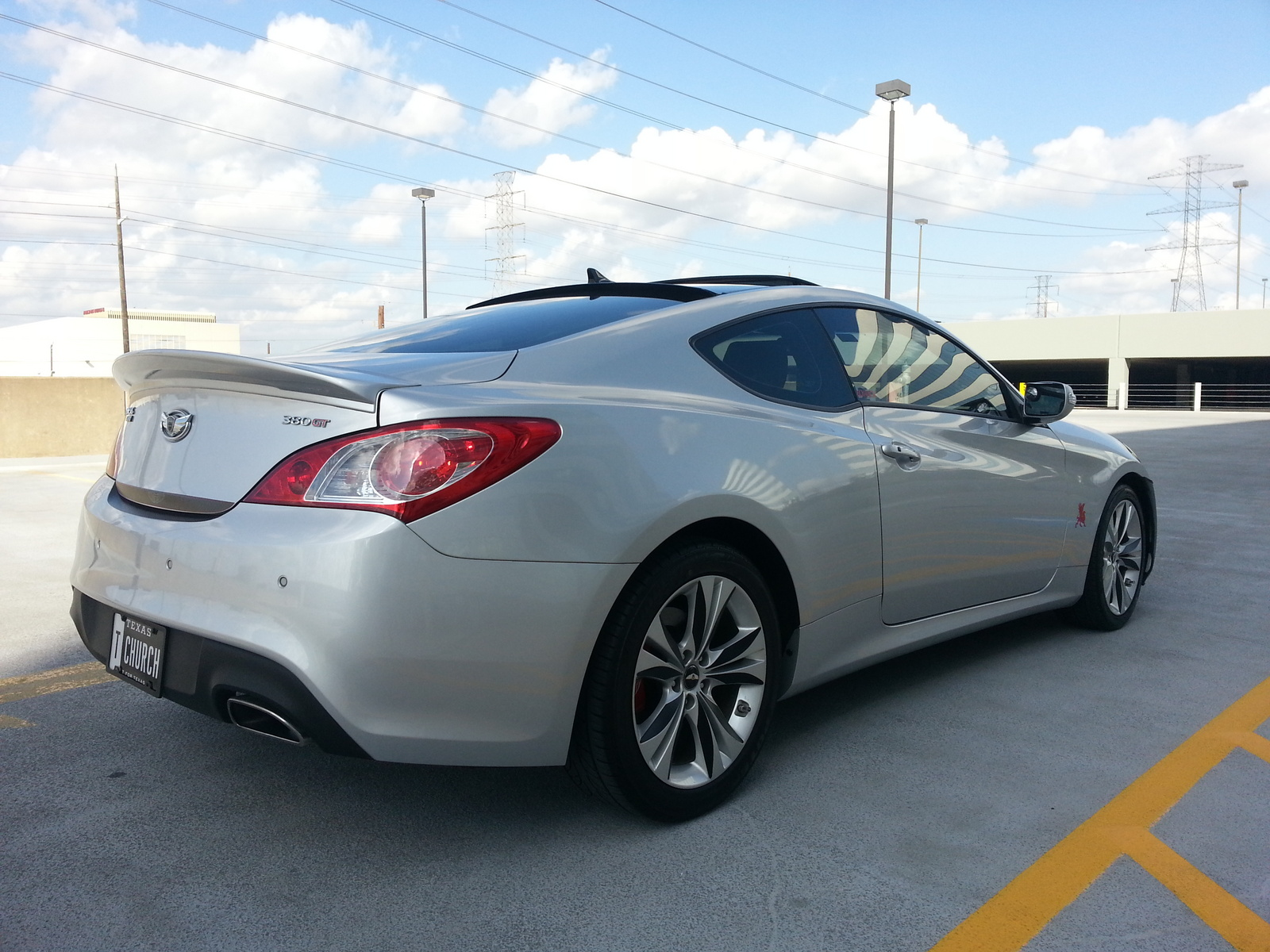 picture of 2010 hyundai genesis coupe 3 8 grand touring. Black Bedroom Furniture Sets. Home Design Ideas