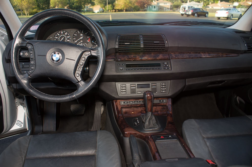 2001 Bmw x5 interior dimensions