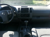 Picture of 2005 Nissan Frontier 4 Dr LE Crew Cab SB, interior