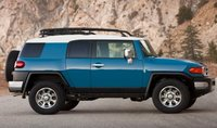 2013 Toyota FJ Cruiser, Side View., exterior, manufacturer