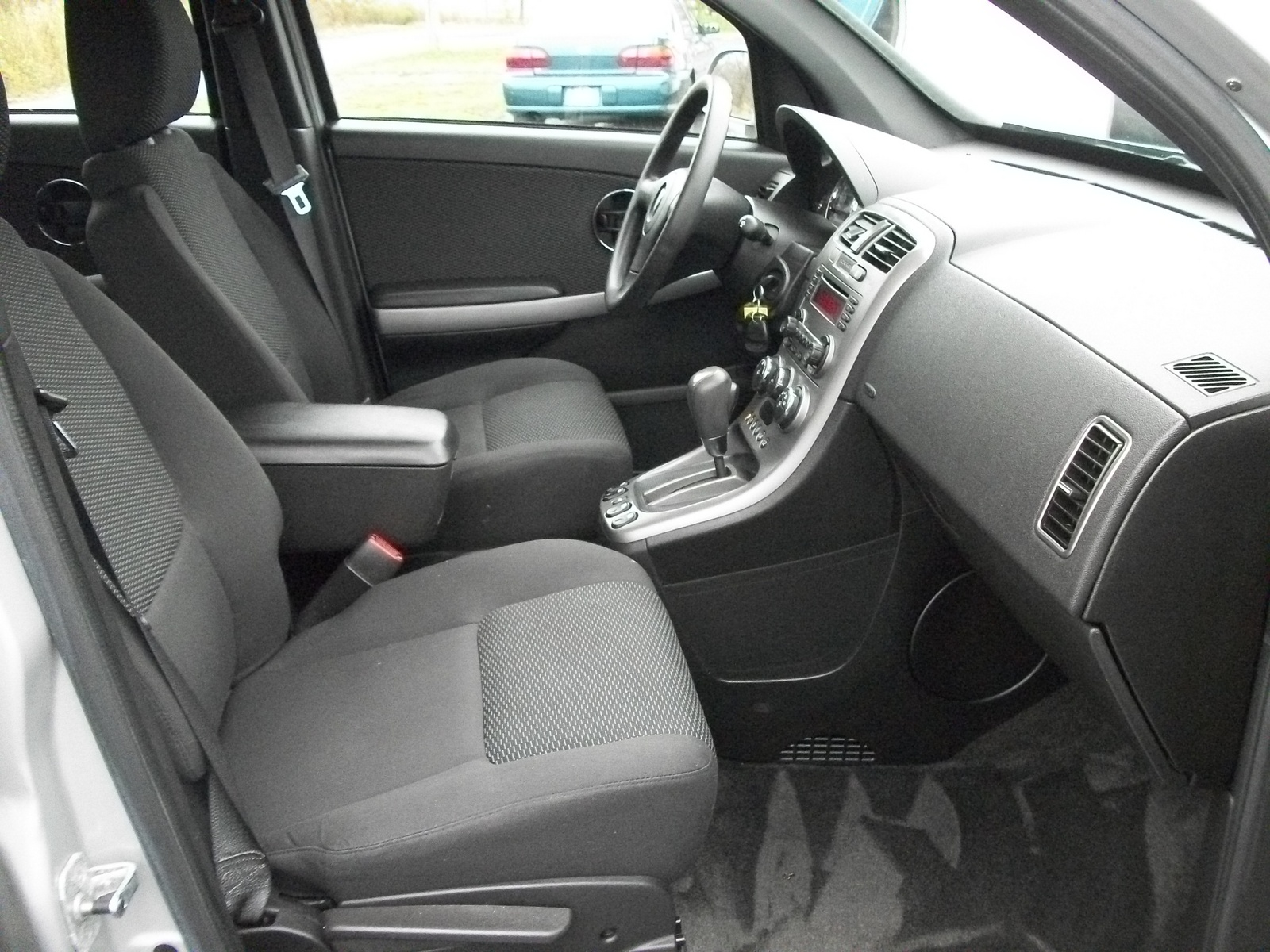 2006 pontiac torrent interior pictures cargurus for Inside 2007 torrent