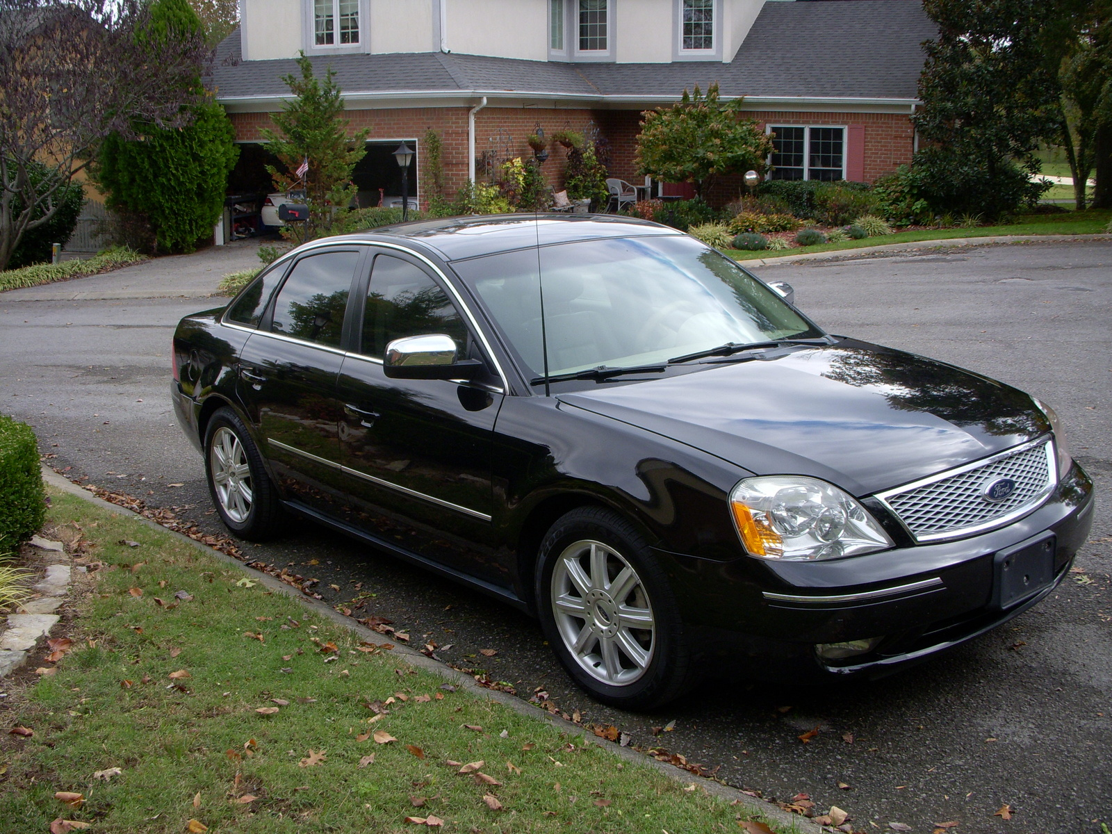 2005 Ford Five Hundred Specs