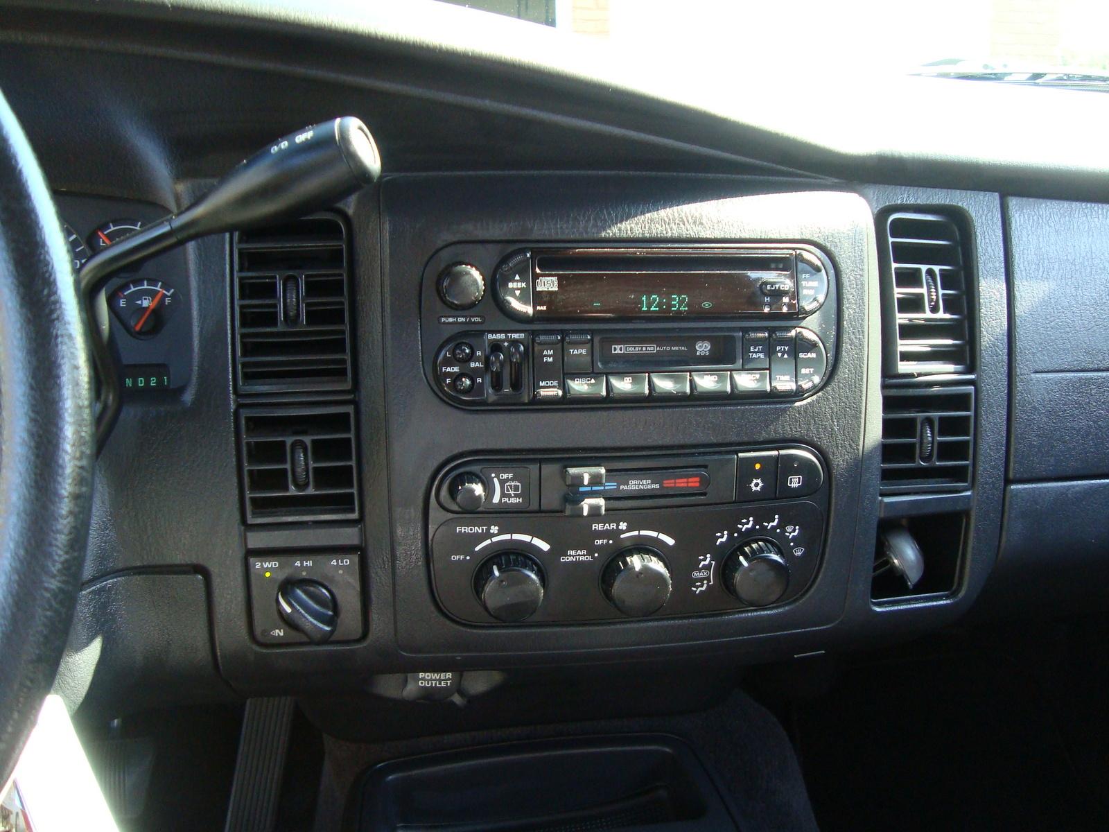 Dodge Durango Slt Wd Pic on 2003 Dodge Dakota R T Interior