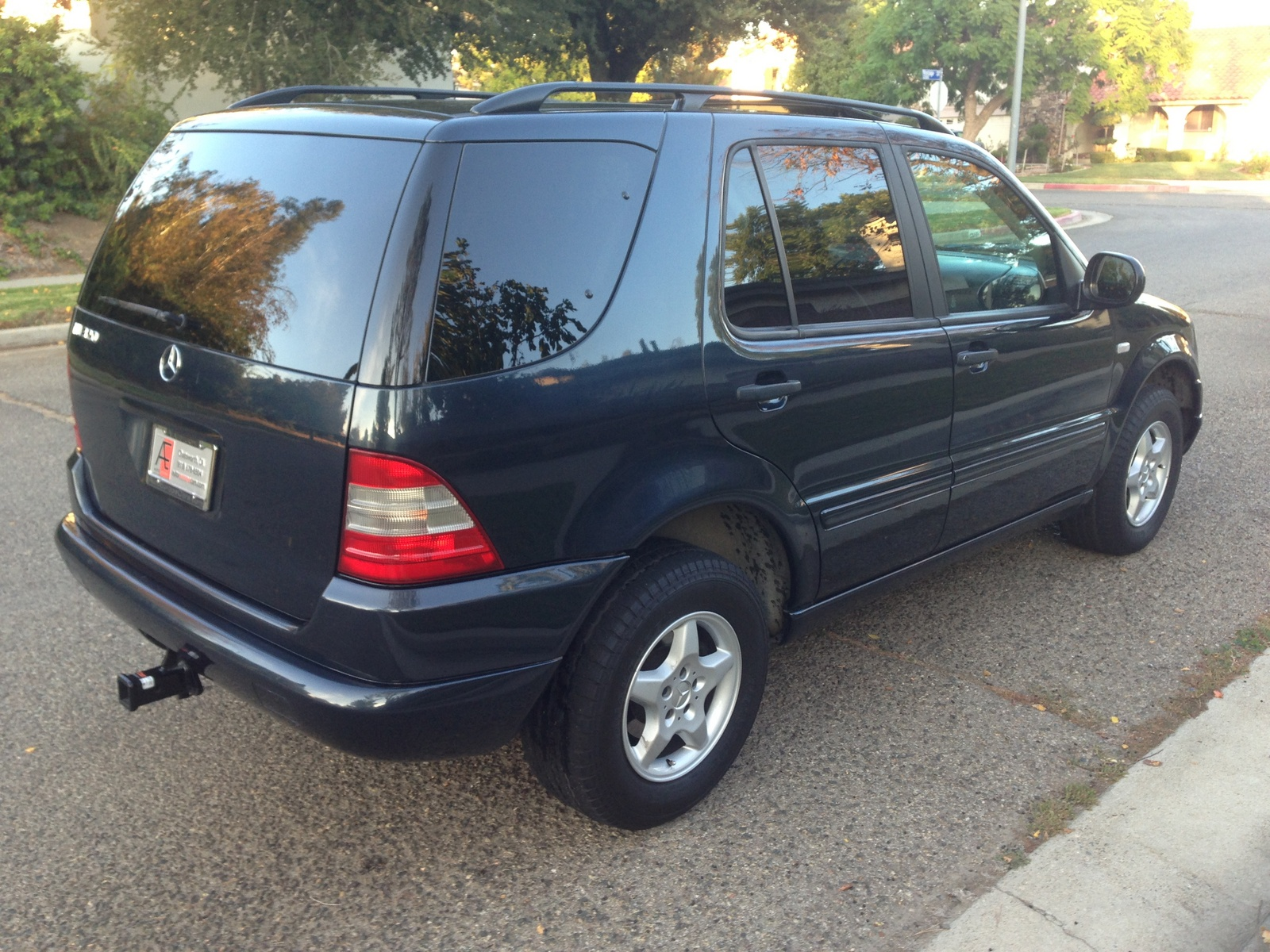 2000 mercedes benz m class exterior pictures cargurus for Mercedes benz ml320 suv