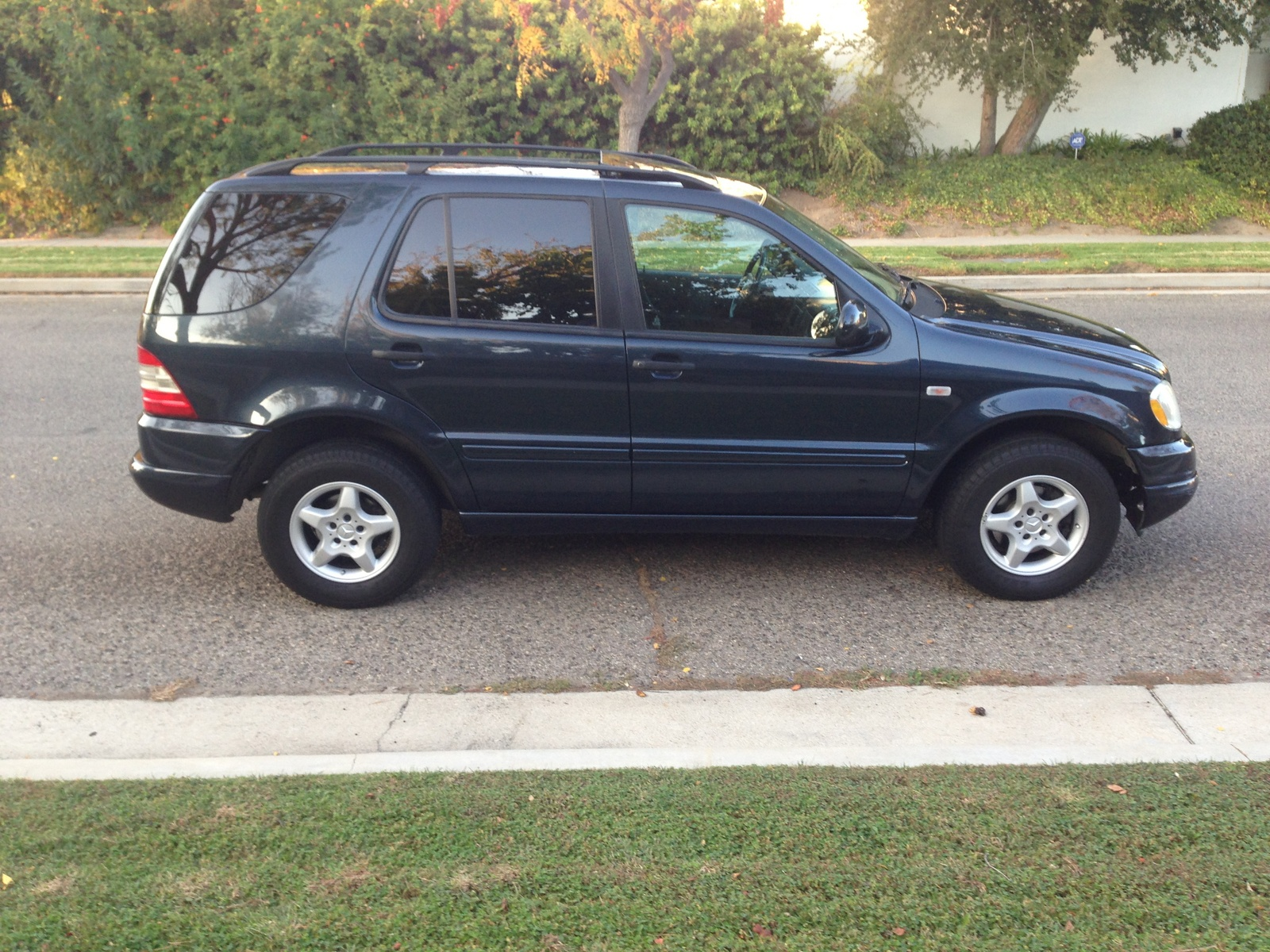 Mercedes benz ml 250 owners manual gfgett for 2000 mercedes benz ml320 owners manual