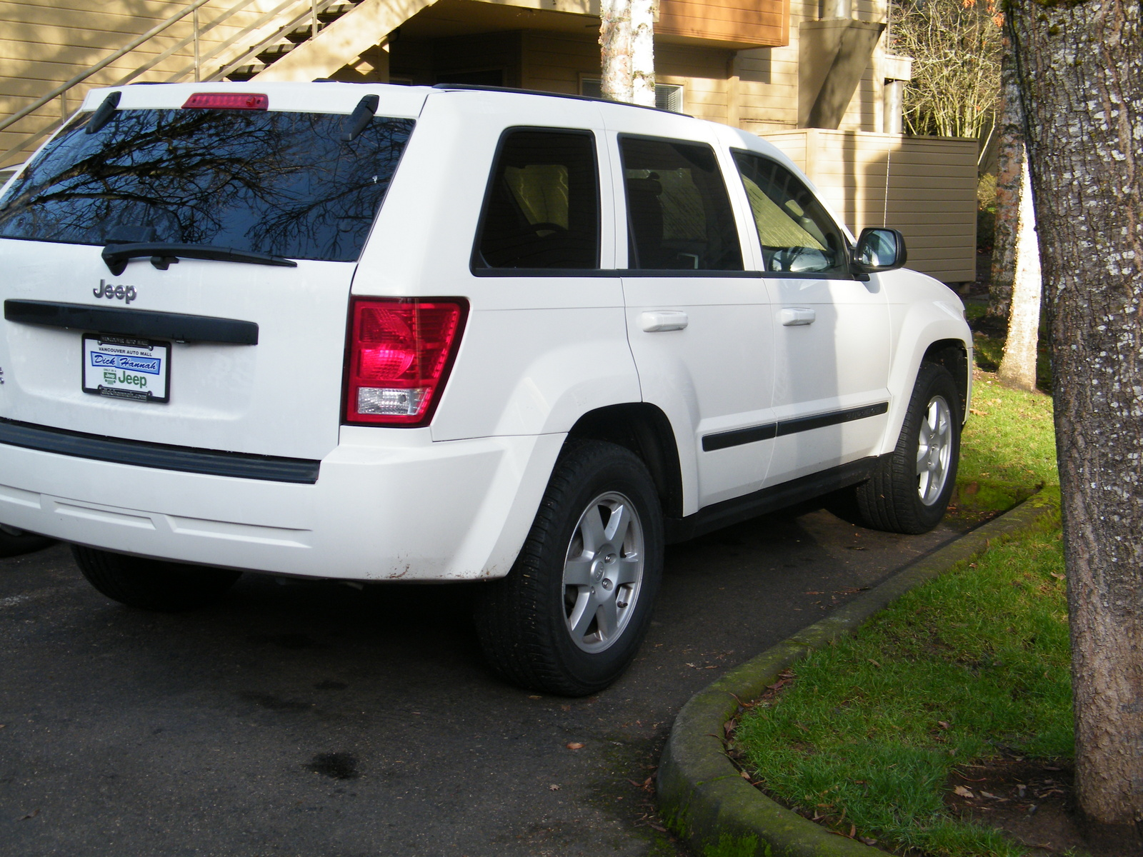 2008 jeep grand cherokee laredo 4wd picture exterior. Cars Review. Best American Auto & Cars Review