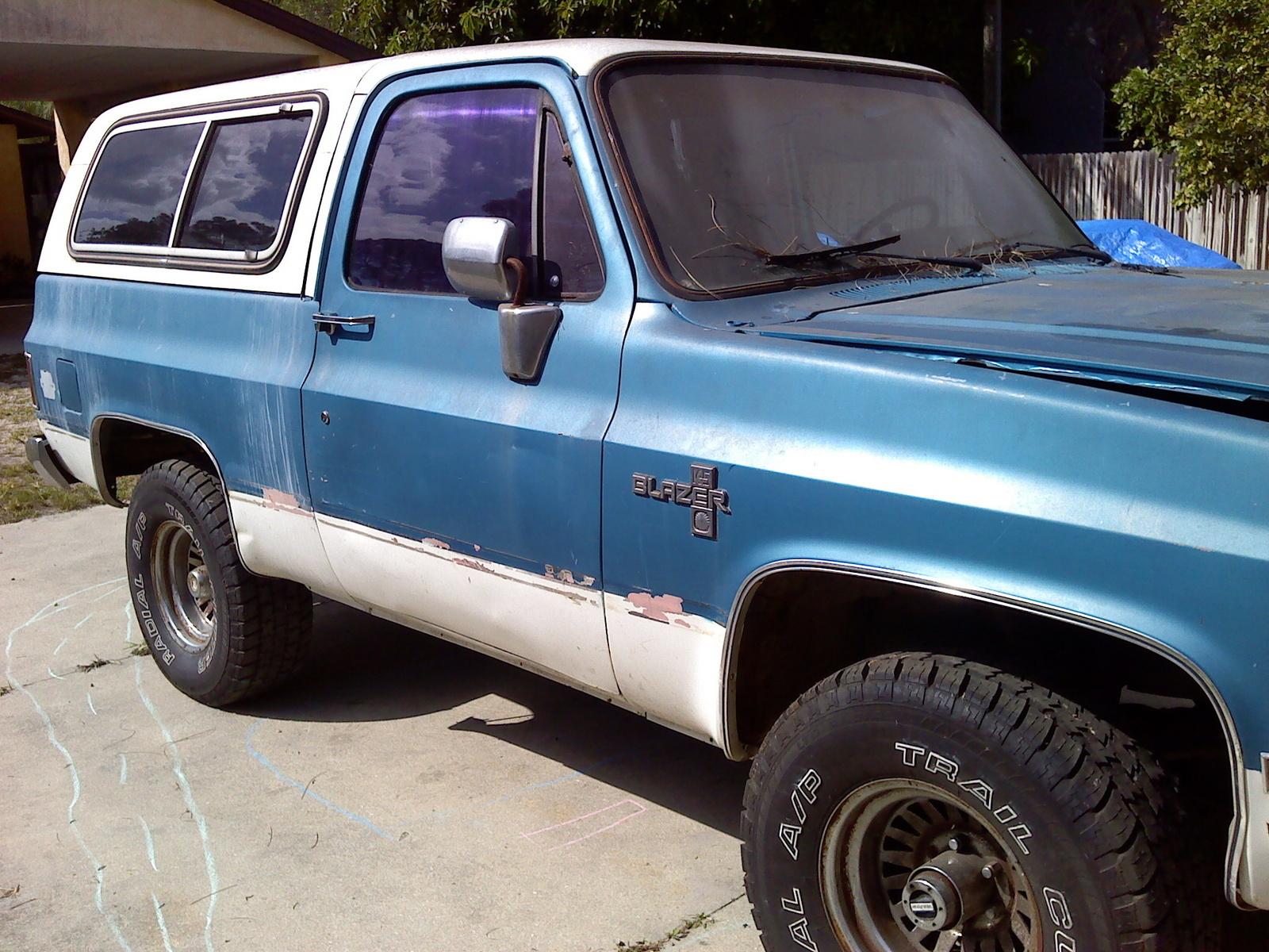 Chevrolet Blazer Pic X on 1993 Chevy Silverado Blue