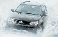 2013 Suzuki Grand Vitara Picture Gallery