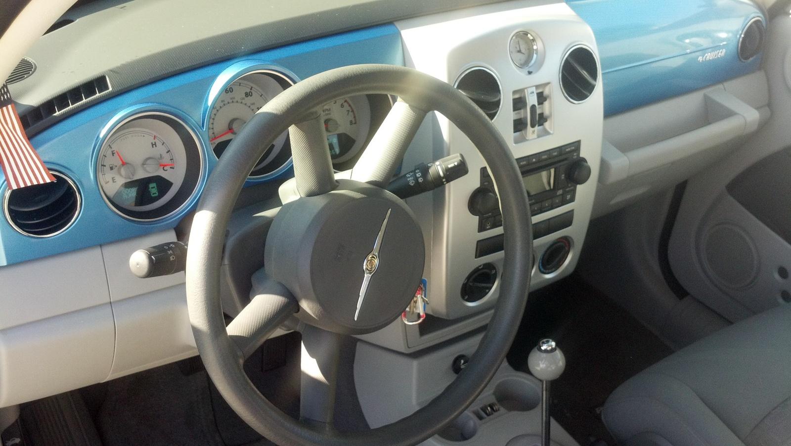 2008 chrysler pt cruiser interior pictures cargurus. Black Bedroom Furniture Sets. Home Design Ideas