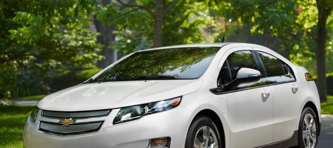 2013 Chevrolet Volt, Front quarter view, exterior, manufacturer