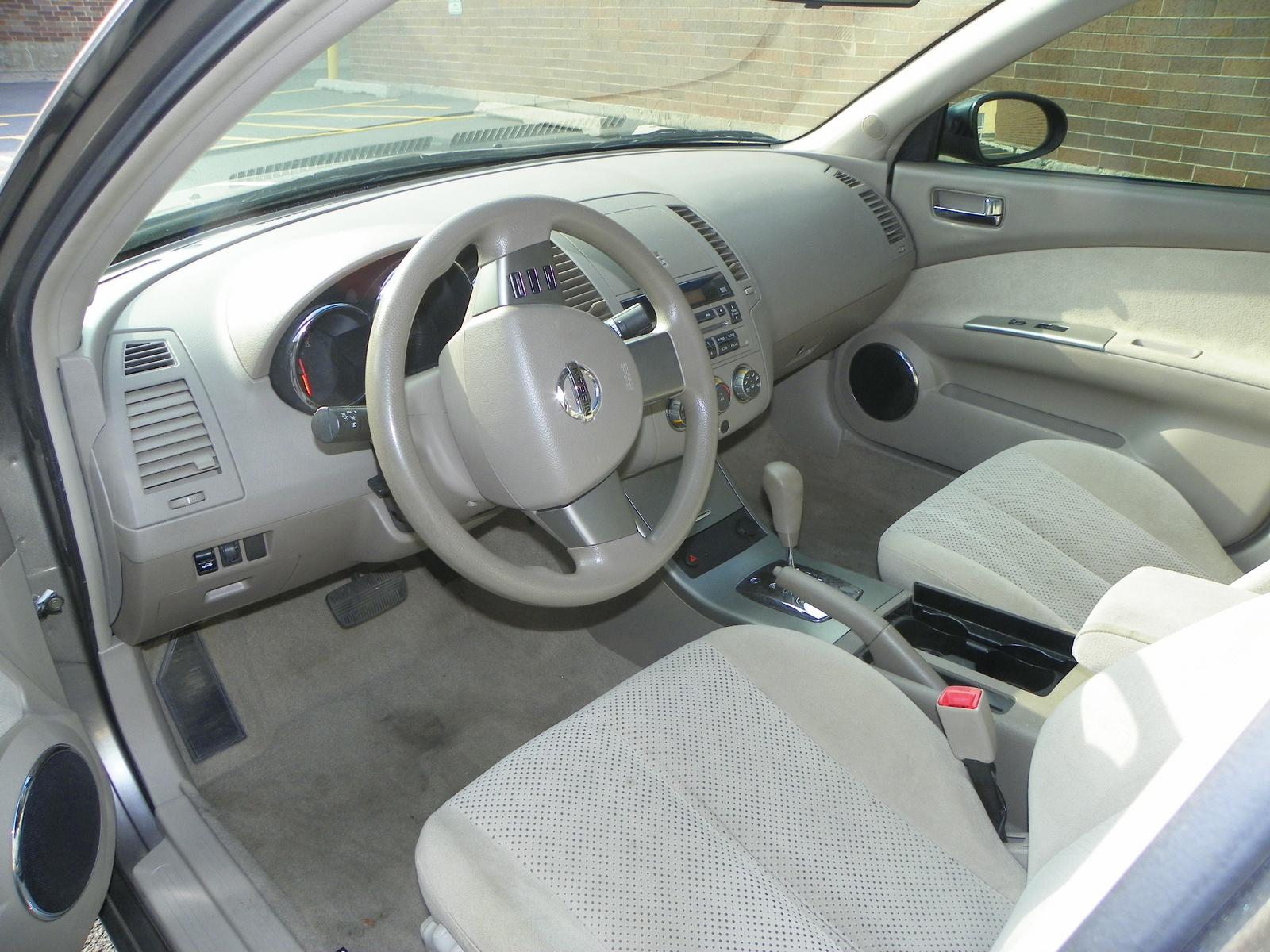 2006 Nissan Altima - Interior Pictures