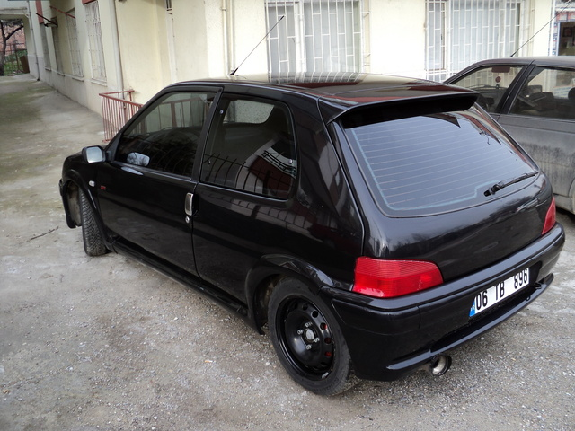 Picture of 1998 Peugeot 106
