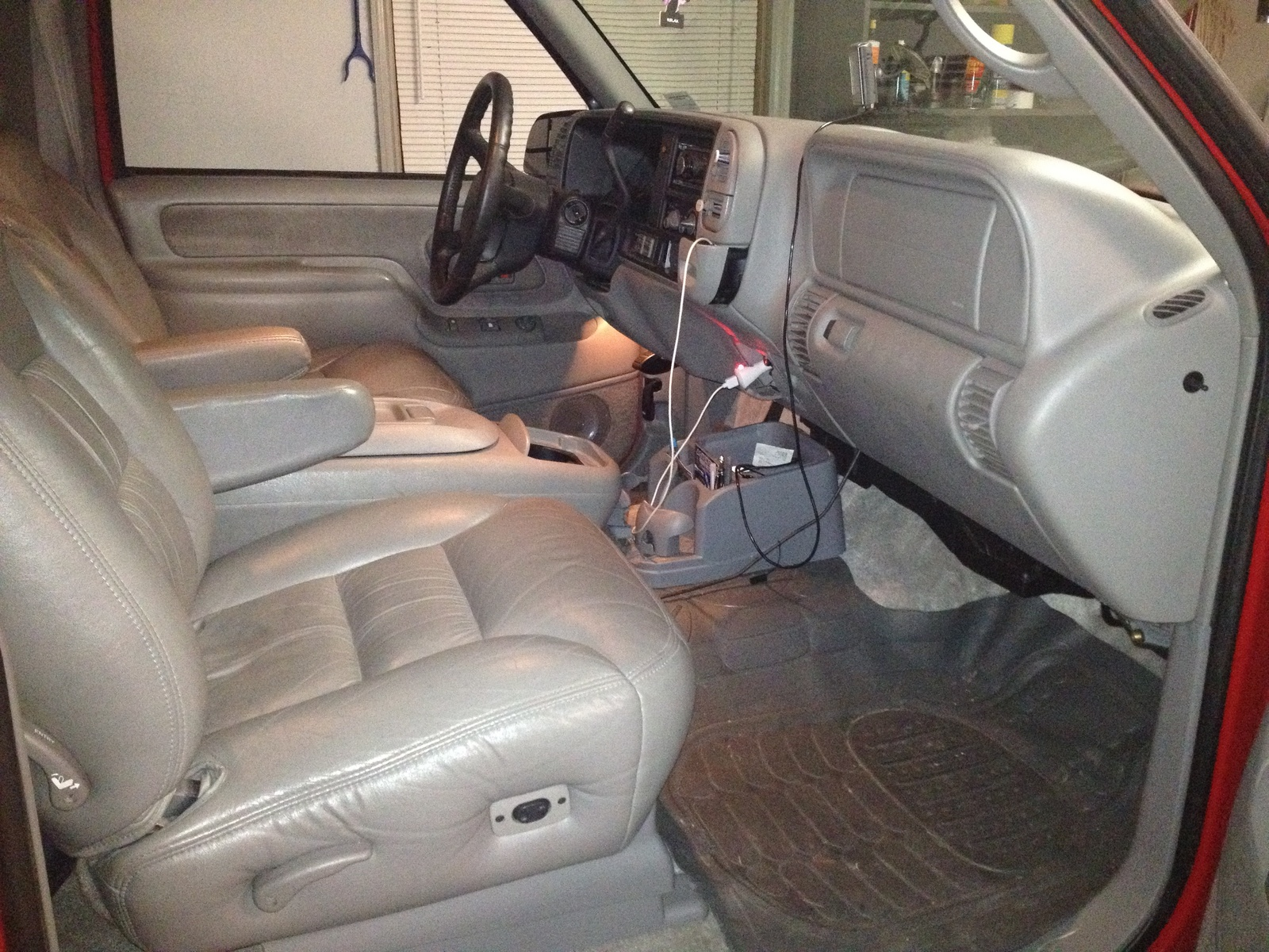 2014 texas edition tahoe autos post for 1998 chevy tahoe interior parts