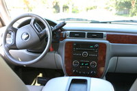 Picture of 2010 Chevrolet Suburban LT 1500 4WD, interior