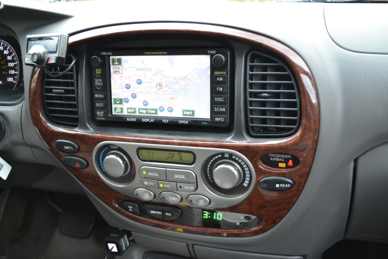 2007 toyota sequoia interior pictures cargurus - Toyota sequoia interior dimensions ...