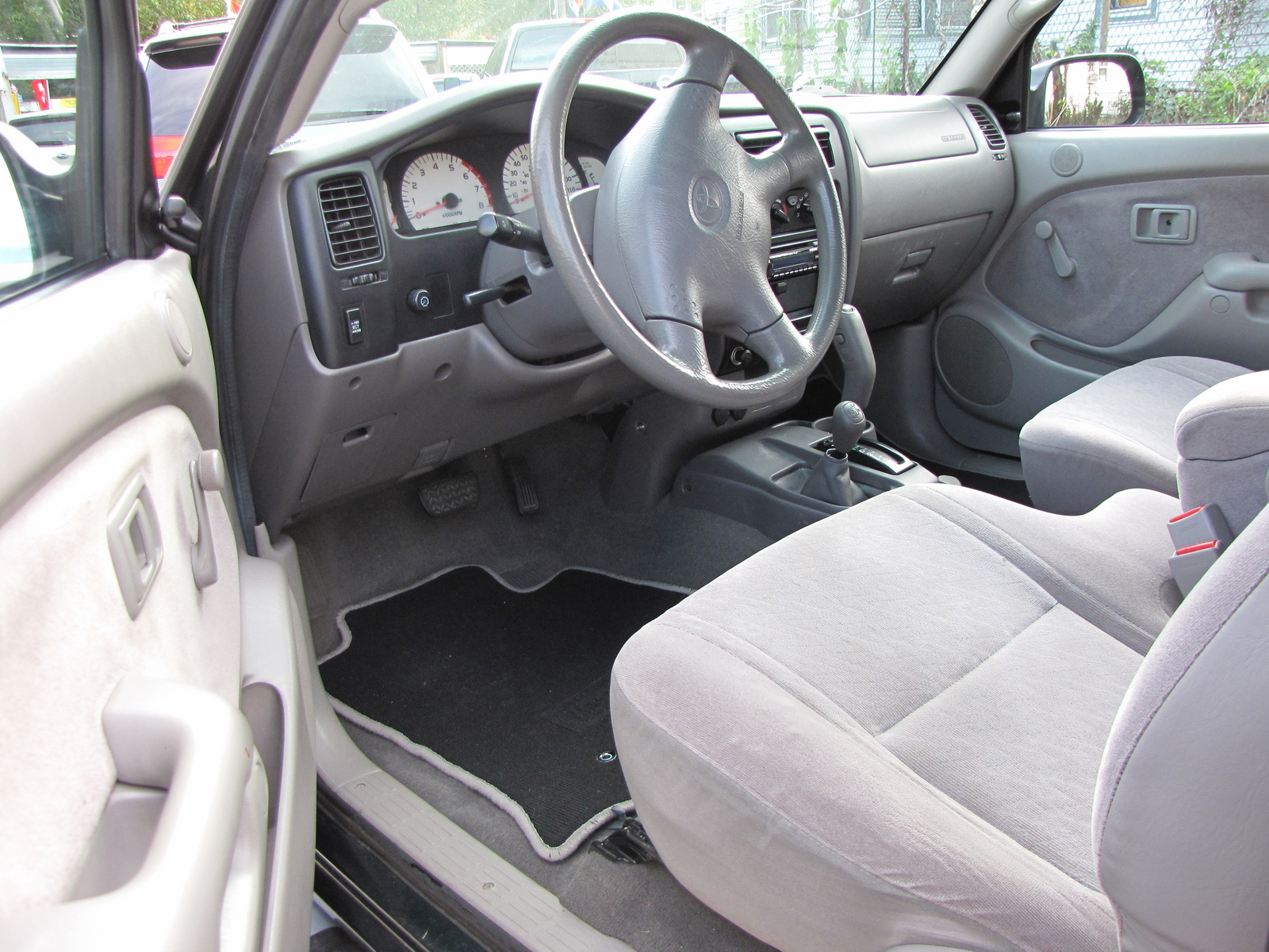 Picture of 2001 toyota tacoma 2 dr v6 4wd extended cab sb - 2001 toyota tacoma interior parts ...