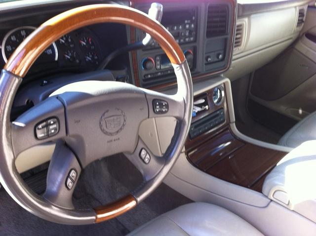 2003 Cadillac Escalade - Interior Pictures - CarGurus