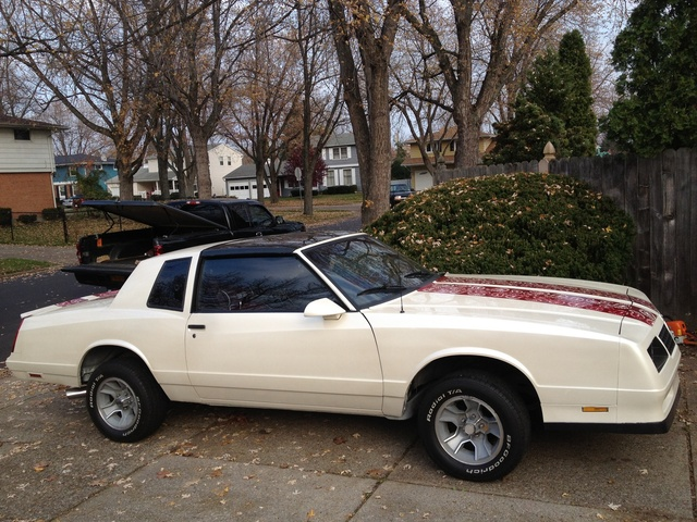 Picture of 1988 Chevrolet Monte Carlo