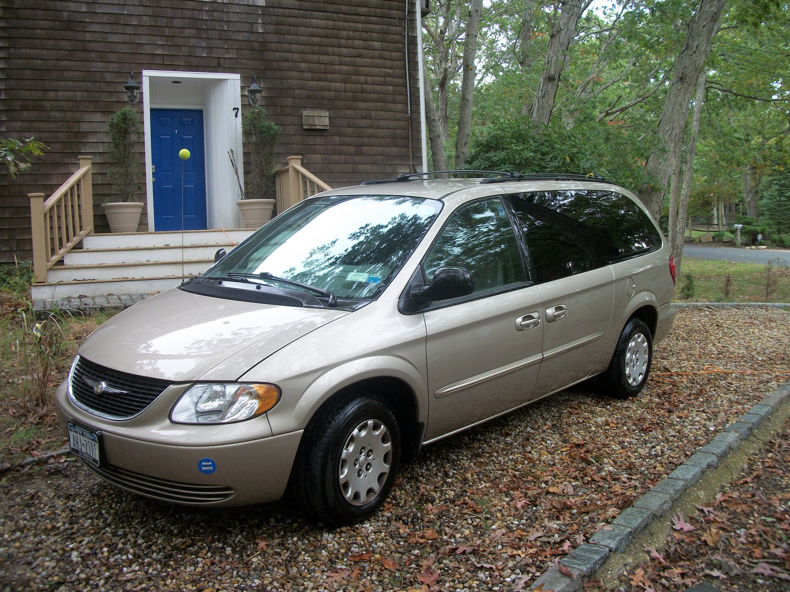 2003 chrysler town country pictures cargurus. Cars Review. Best American Auto & Cars Review