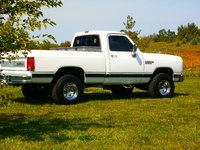1989 Dodge RAM 150 Short Bed 4WD picture, exterior