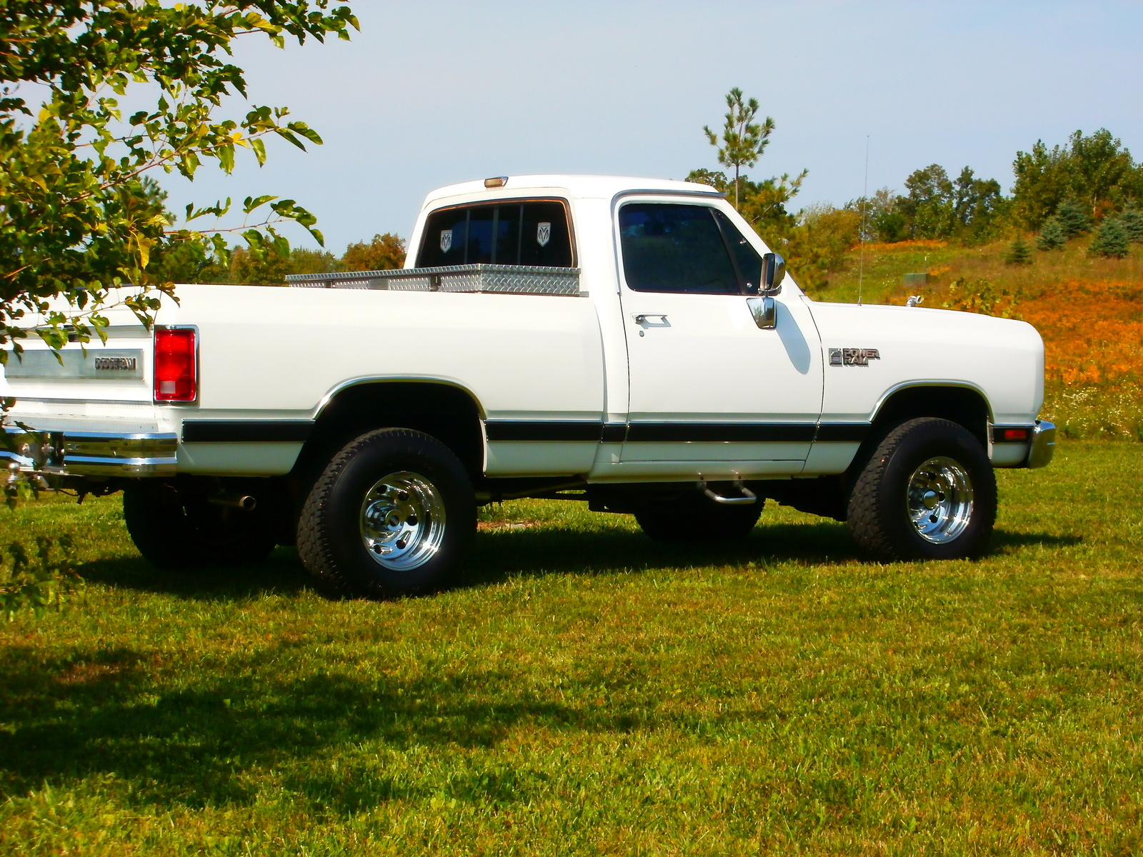1989 Dodge RAM 150 Short Bed 4WD picture